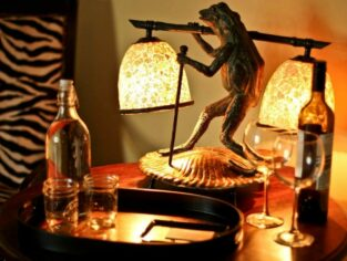 Grant Tuscan frog light